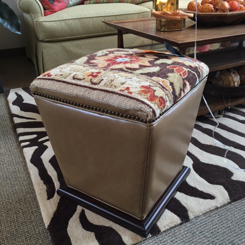 Zander's Boutique Sale - Ottoman